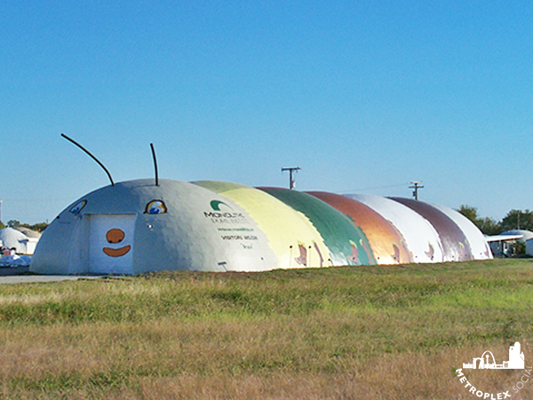 MONOLITHIC DOME INDUSTRIES ITALY TEXAS GIANT CATERPILLAR