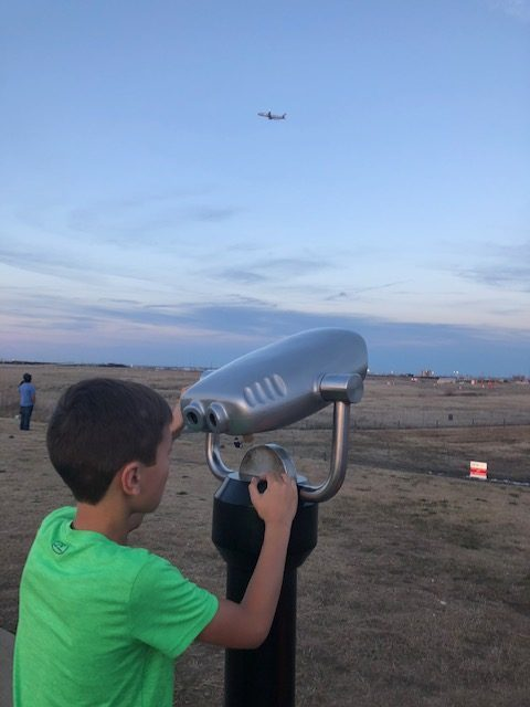watch airplanes things to do in dallas