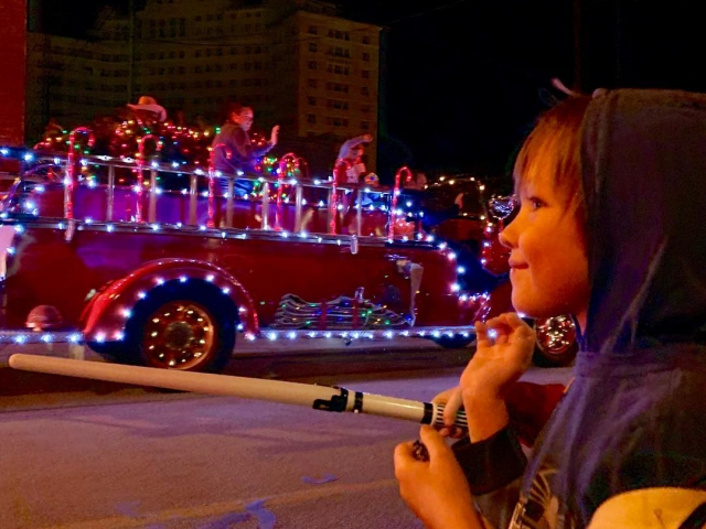 merry wells christmas festival mineral wells tx lighted parade